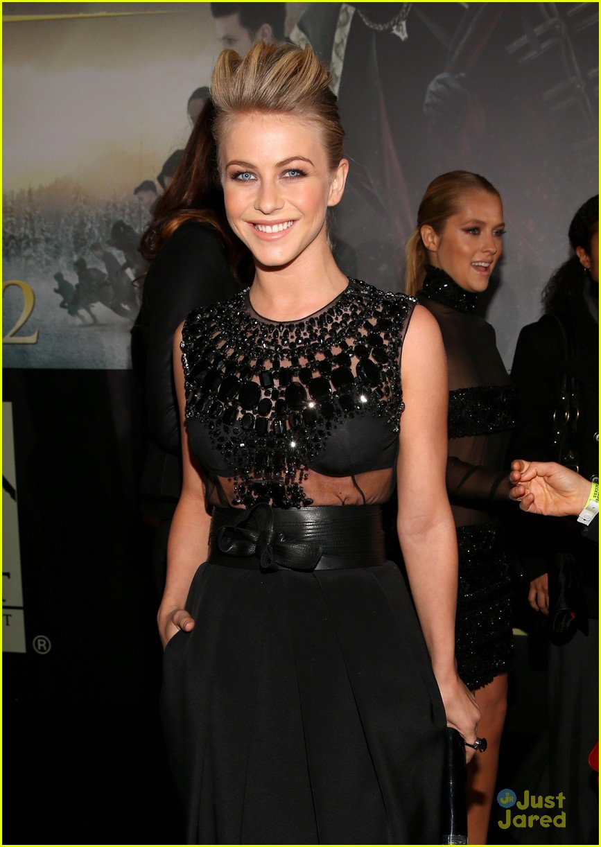 julianne hough bd premiere 05