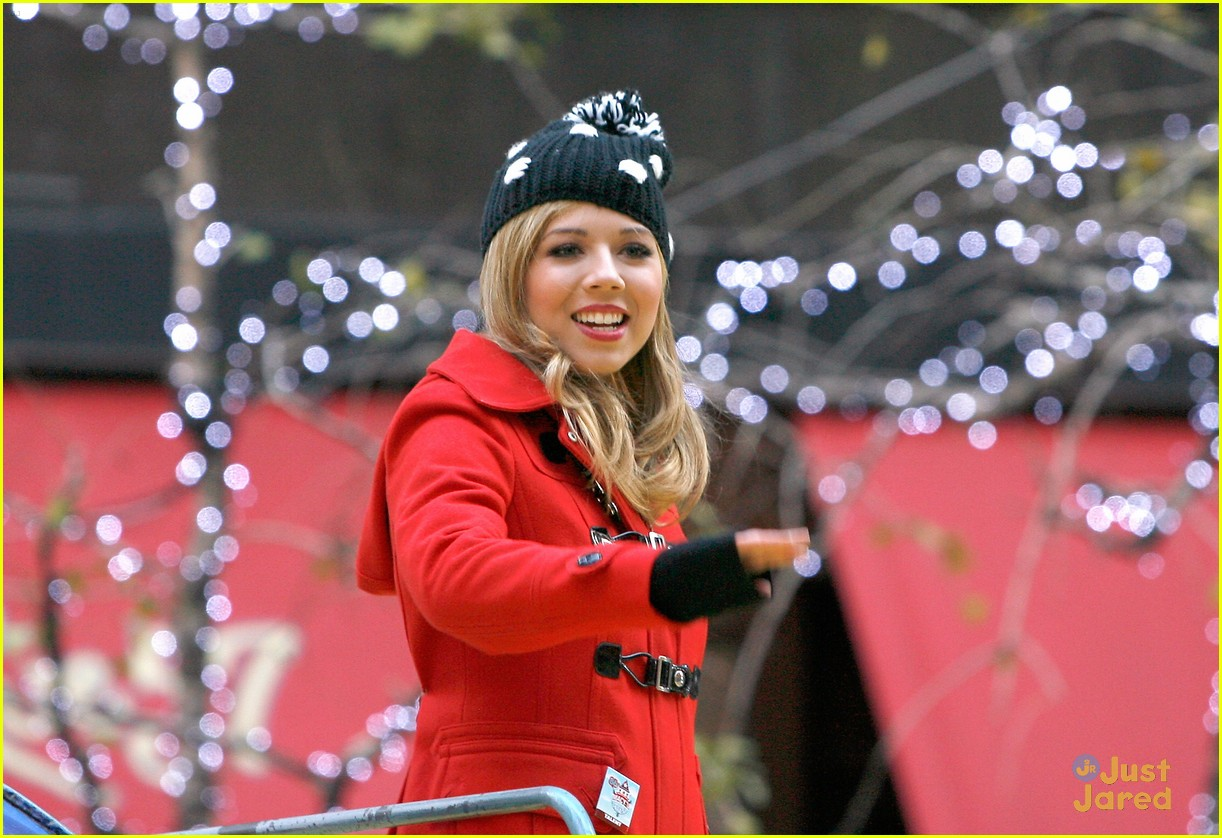 jennette mccurdy thanksgiving parade 10