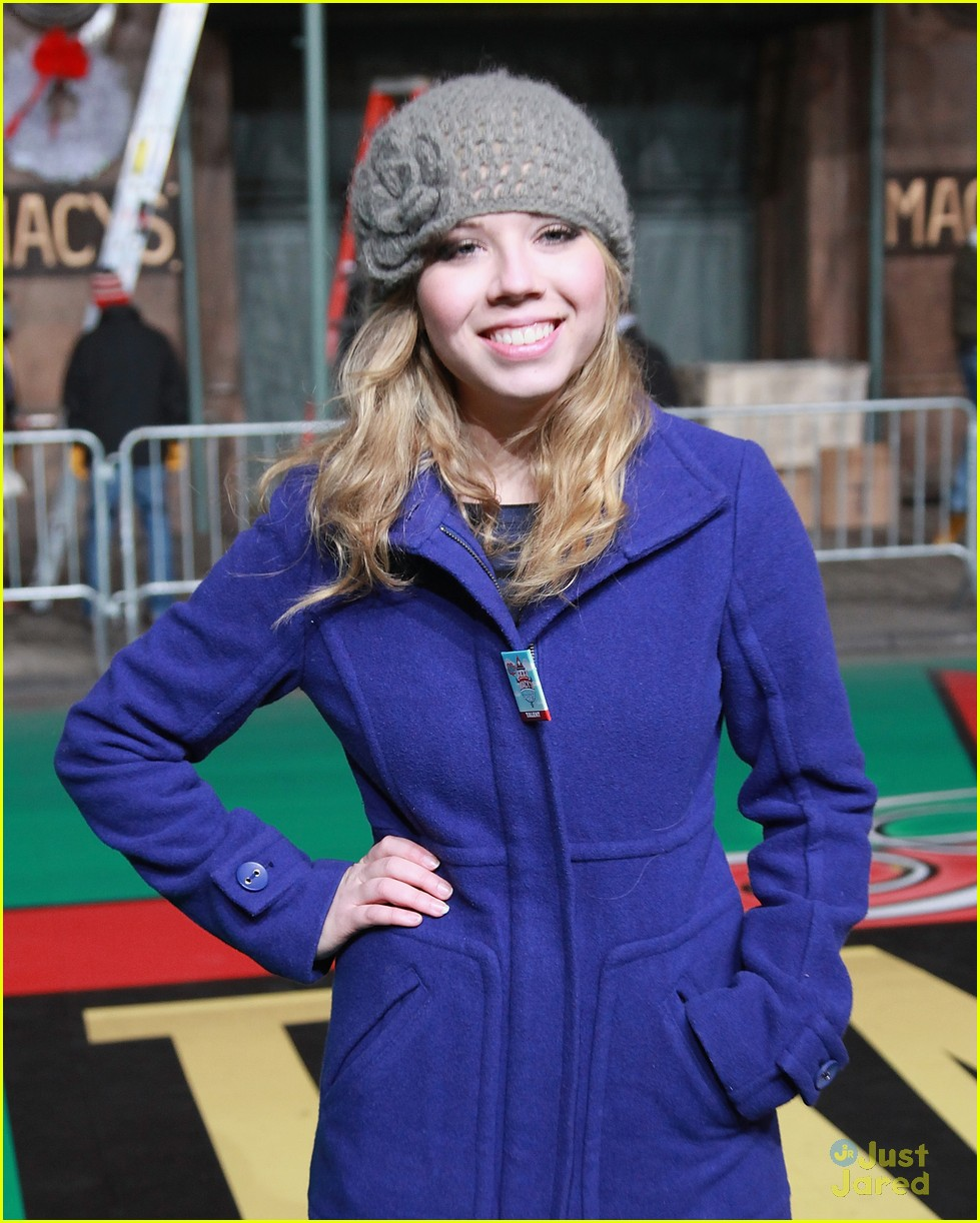 jennette mccurdy parade rehearsal 03