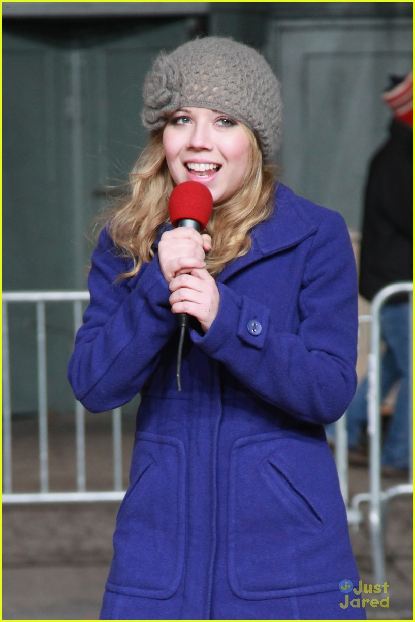 jennette mccurdy parade rehearsal 06