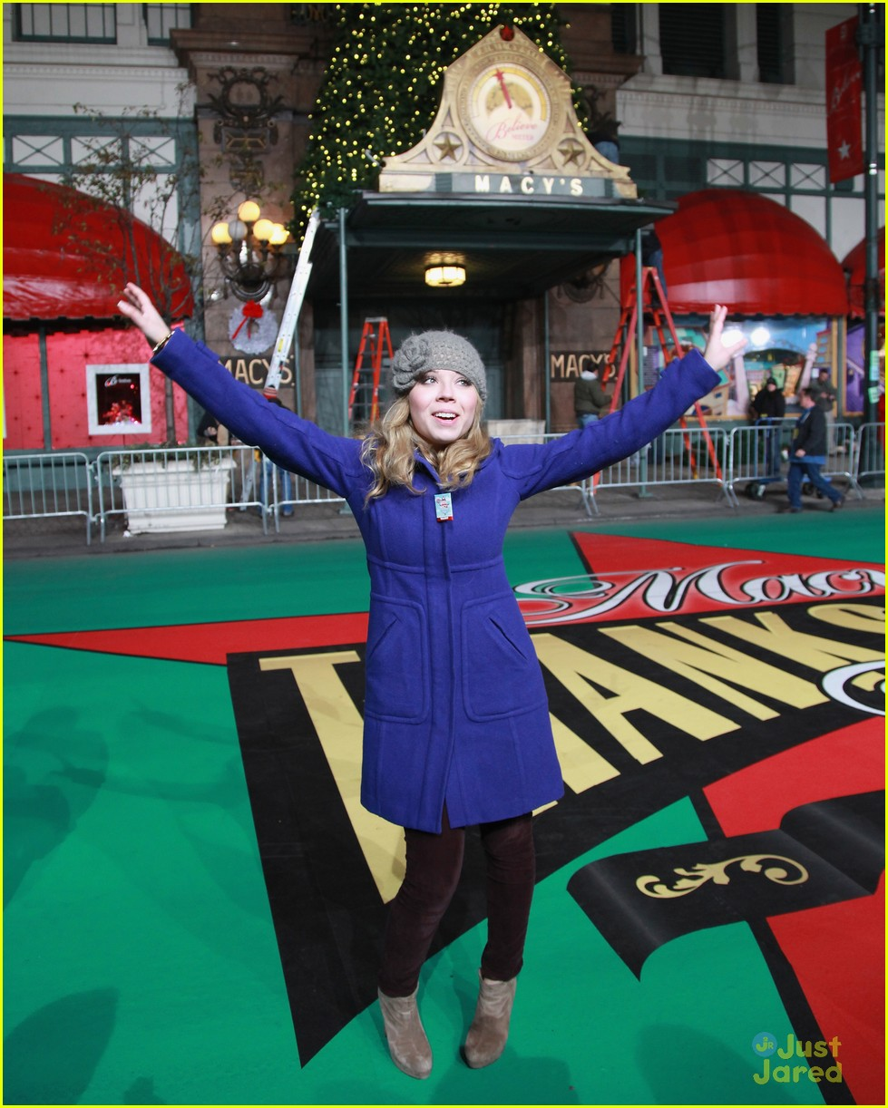 jennette mccurdy parade rehearsal 11