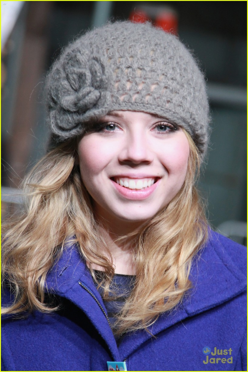 jennette mccurdy parade rehearsal 13