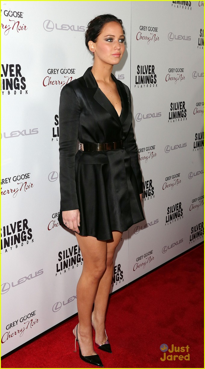 jennifer lawrence leno playbook premiere 19