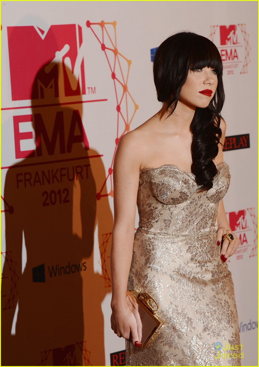 carly rae jepsen mtv emas 13