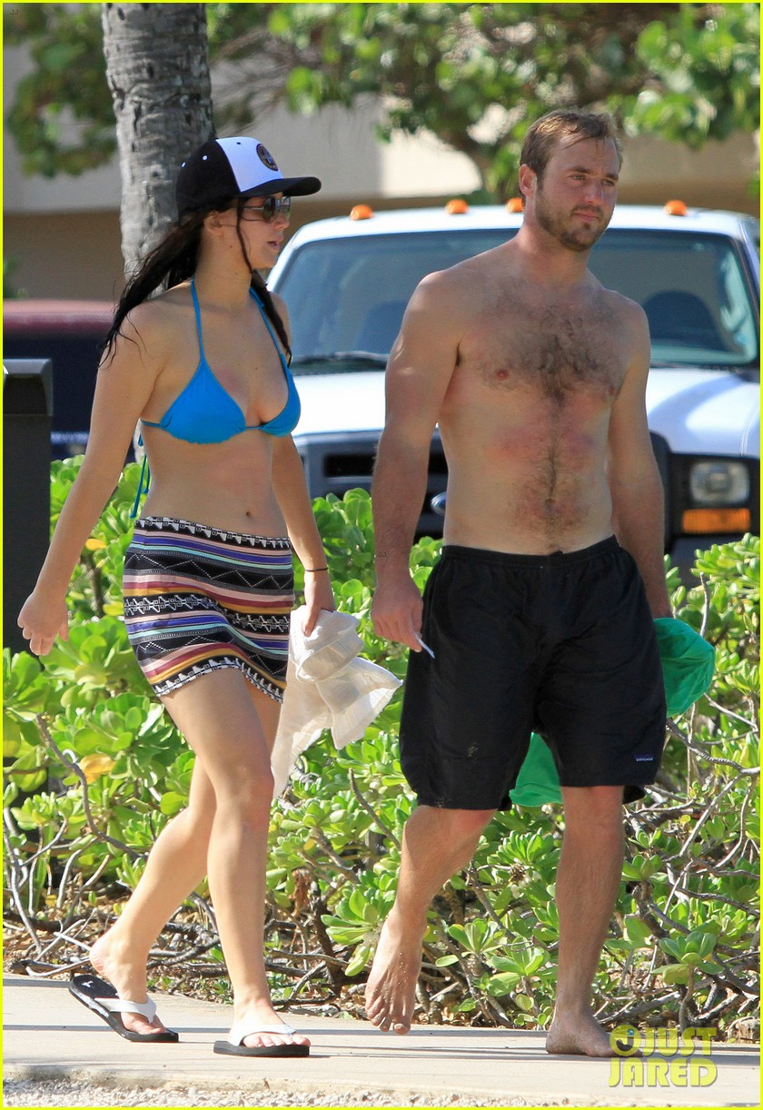 jennifer lawrence holiday in hawaii 15