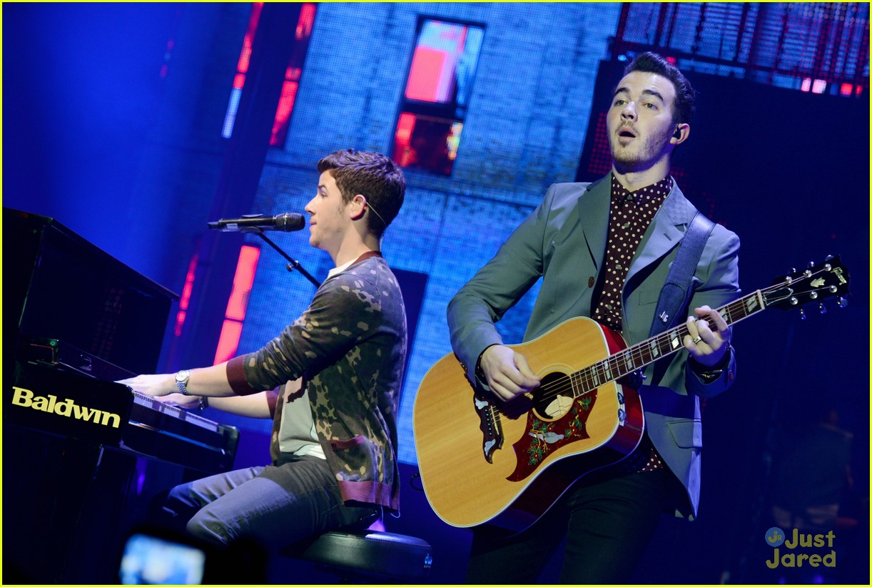 jonas brothers pantages concert 09