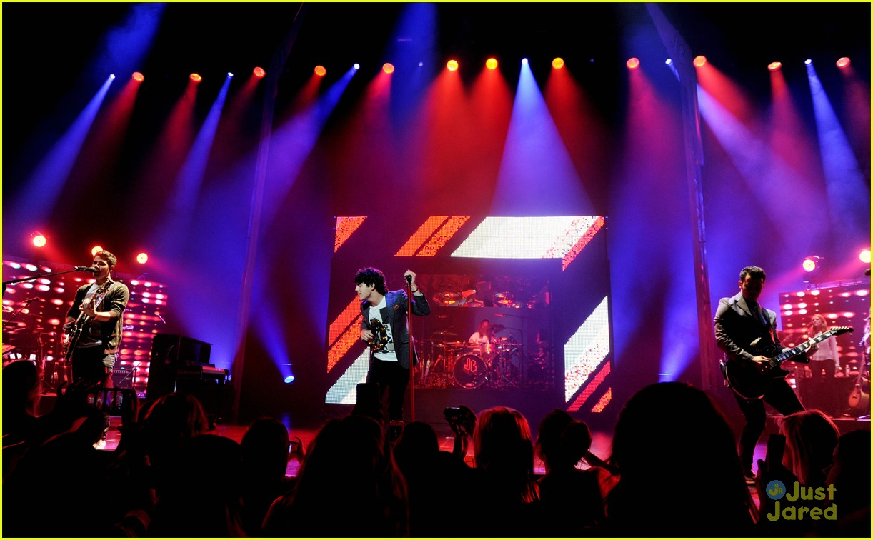 jonas brothers pantages concert 19