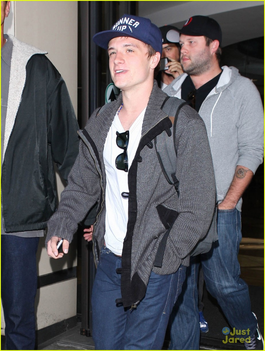 josh hutcherson jennifer lawrence lax 13
