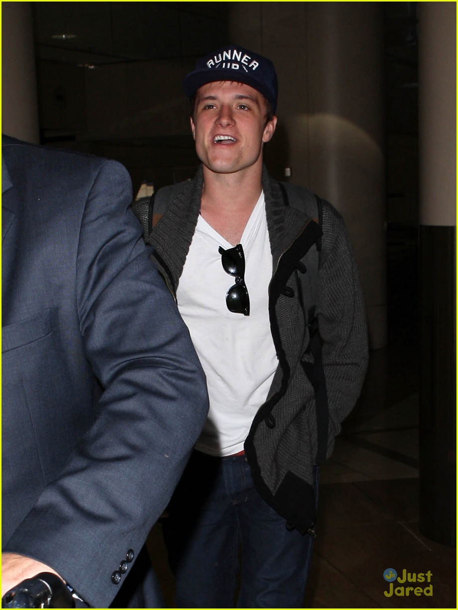 josh hutcherson jennifer lawrence lax 14