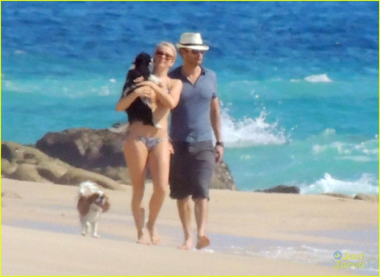 julianne hough bikini beach ryan 08
