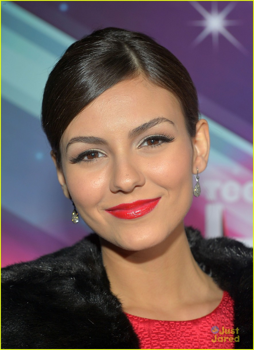 victoria justice teennick halo awards 2012 10