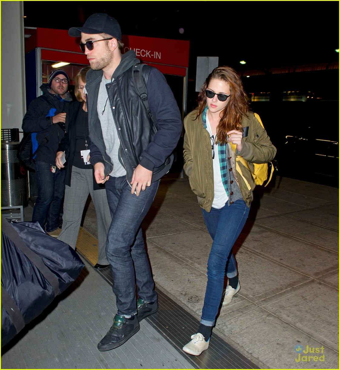 kristen stewart robert pattinson box office numbers 02