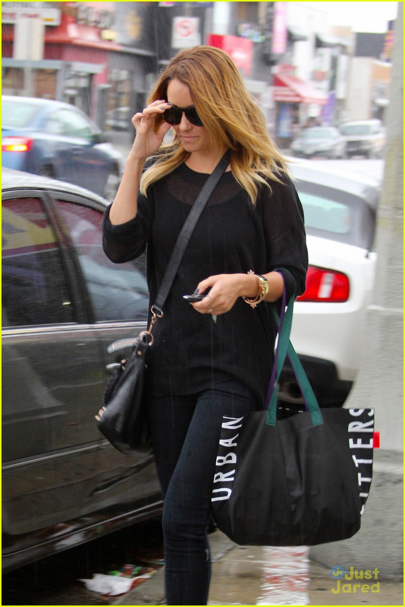 lauren conrad urban shopper 02