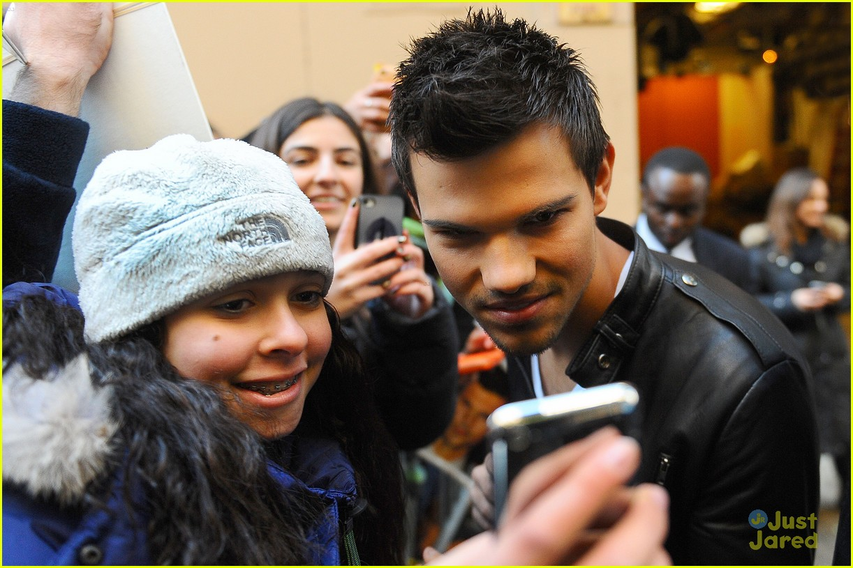 taylor lautner today stop 05