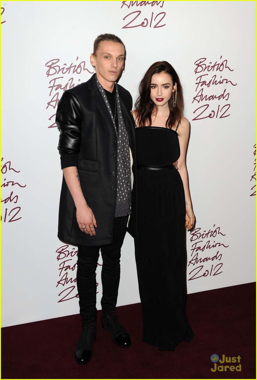 lily collins jamieb bower british fashion awards 01