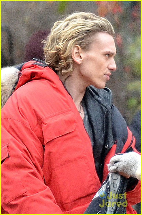 lily collins jamie bower mortal set 04