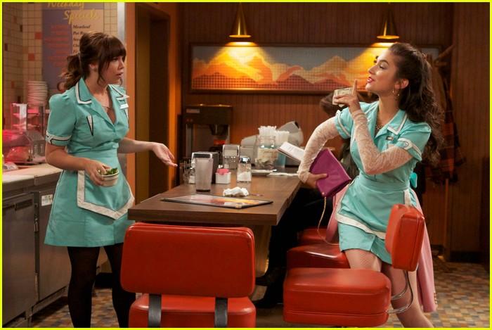 molly ephraim waitress lms 03