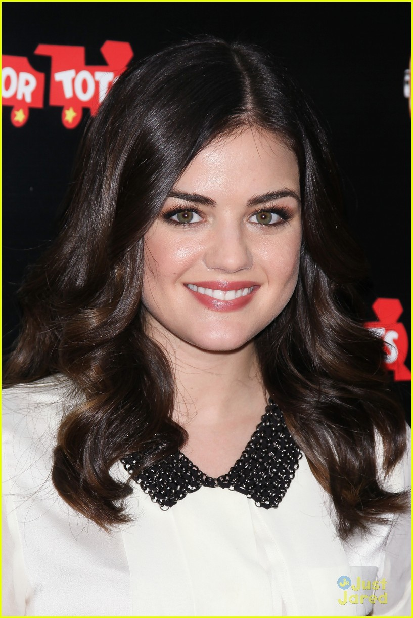 lucy hale duracell smiles campaign 09