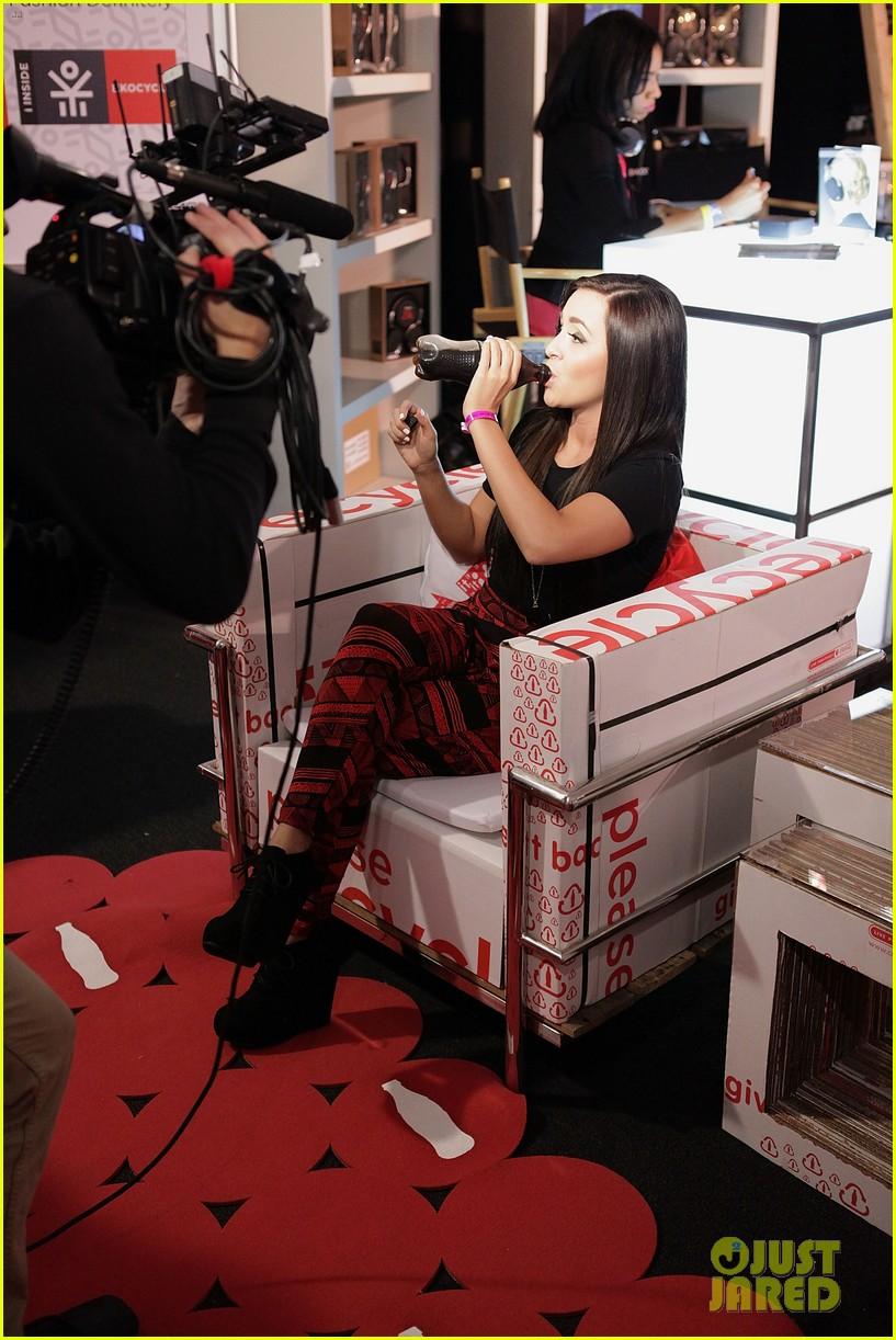 megan liz amas coke gifting suite 01