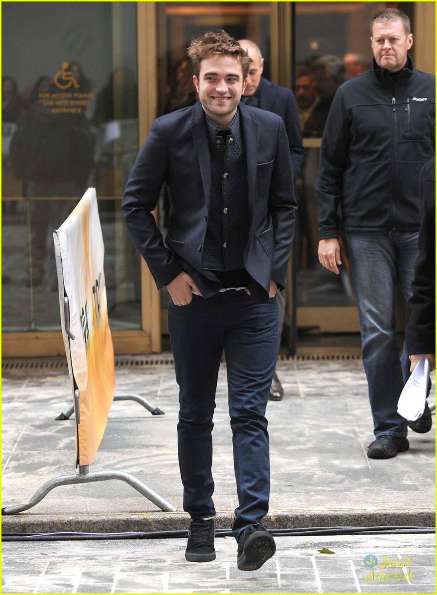 rob pattinson today show stop 10
