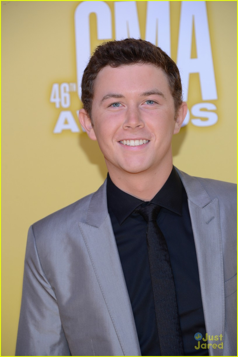 scotty mccreery country christmas 04