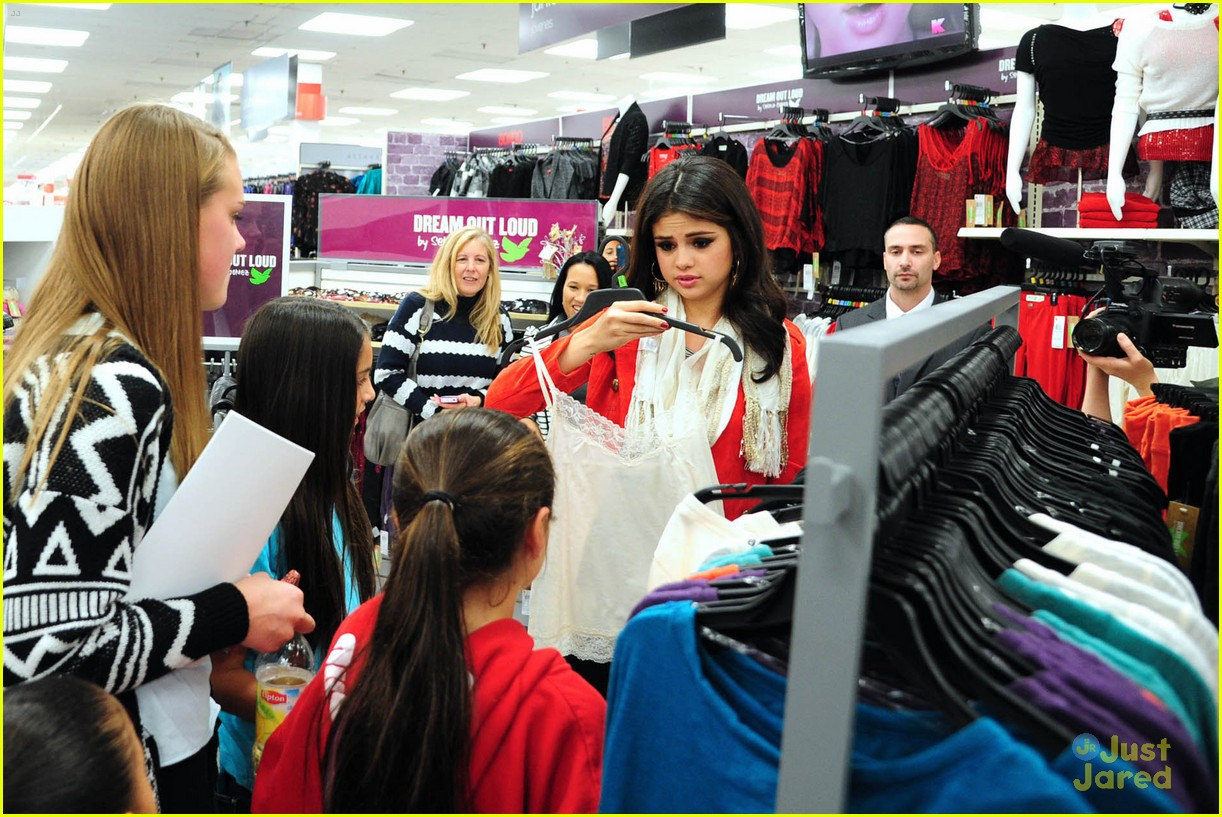 selena gomez kmart white plains 05