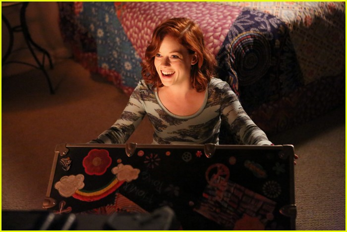 jane levy allie grant friendship fish 03