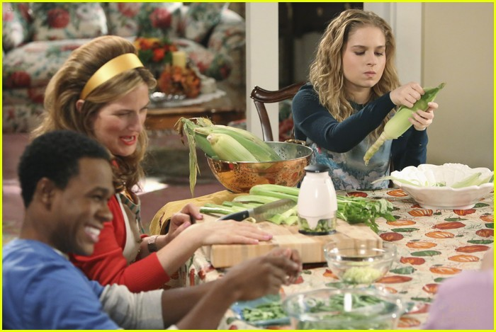 suburgatory thanksgiving sheas 06