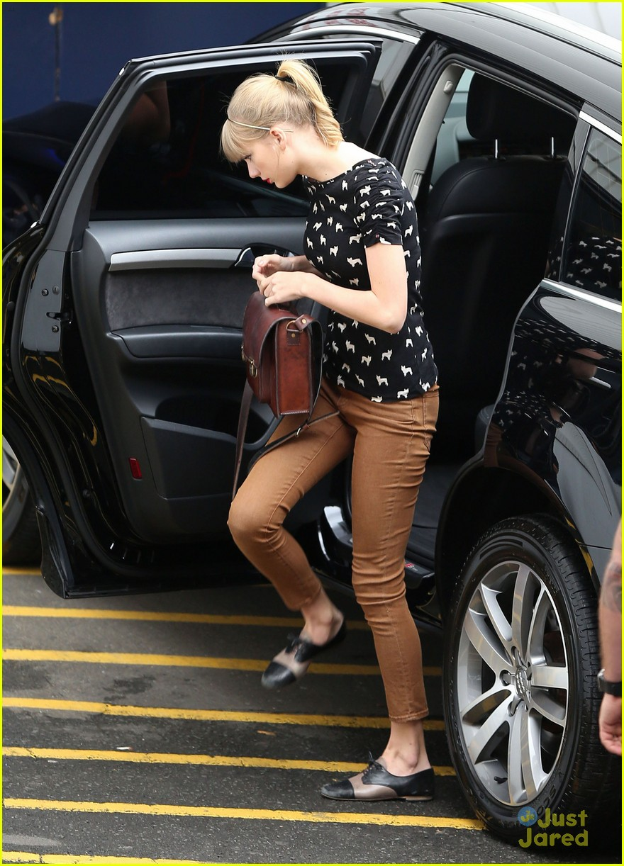 taylor swift mom influential 01