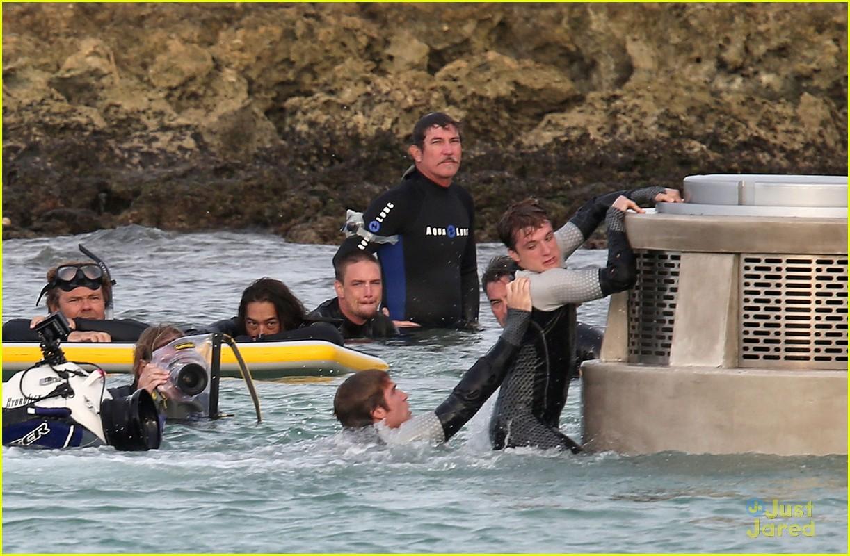 jennifer liam josh thg hawaii 18