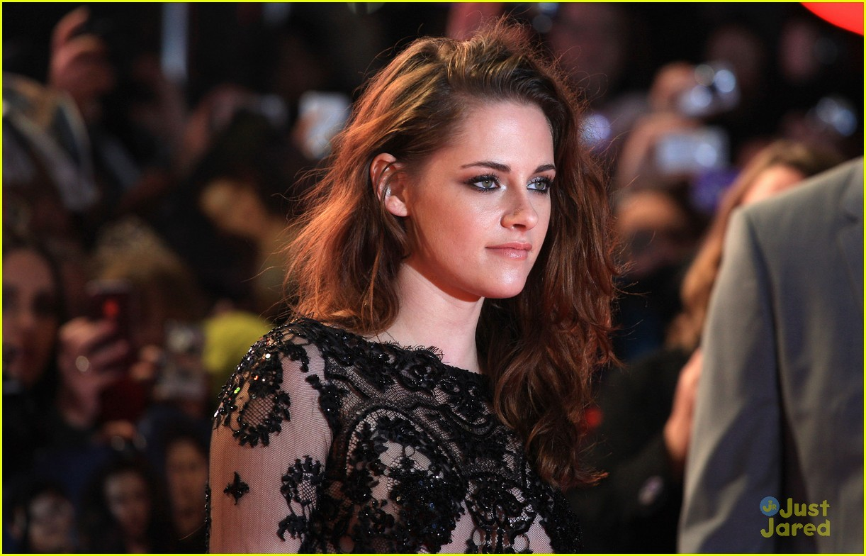 taylor kristen rob twilight uk premiere 14