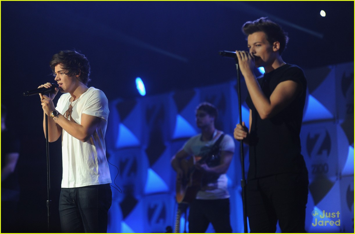 one direction z100 jingle ball 23