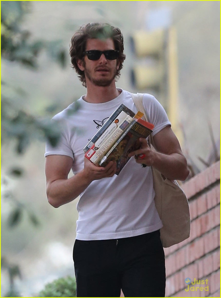 andrew garfield books 04