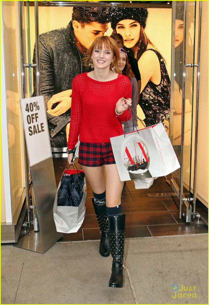 bella thorne ax shopping americana 04