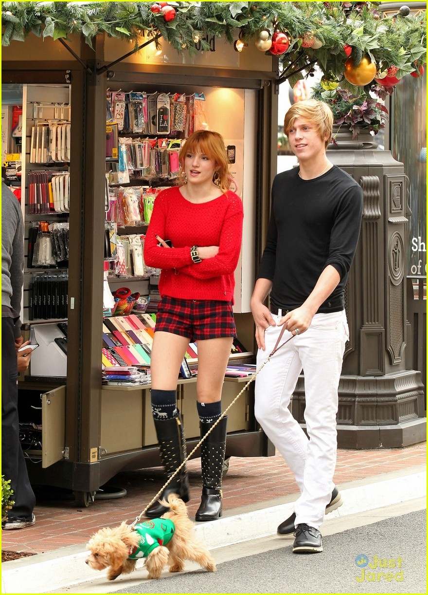 bella thorne ax shopping americana 06