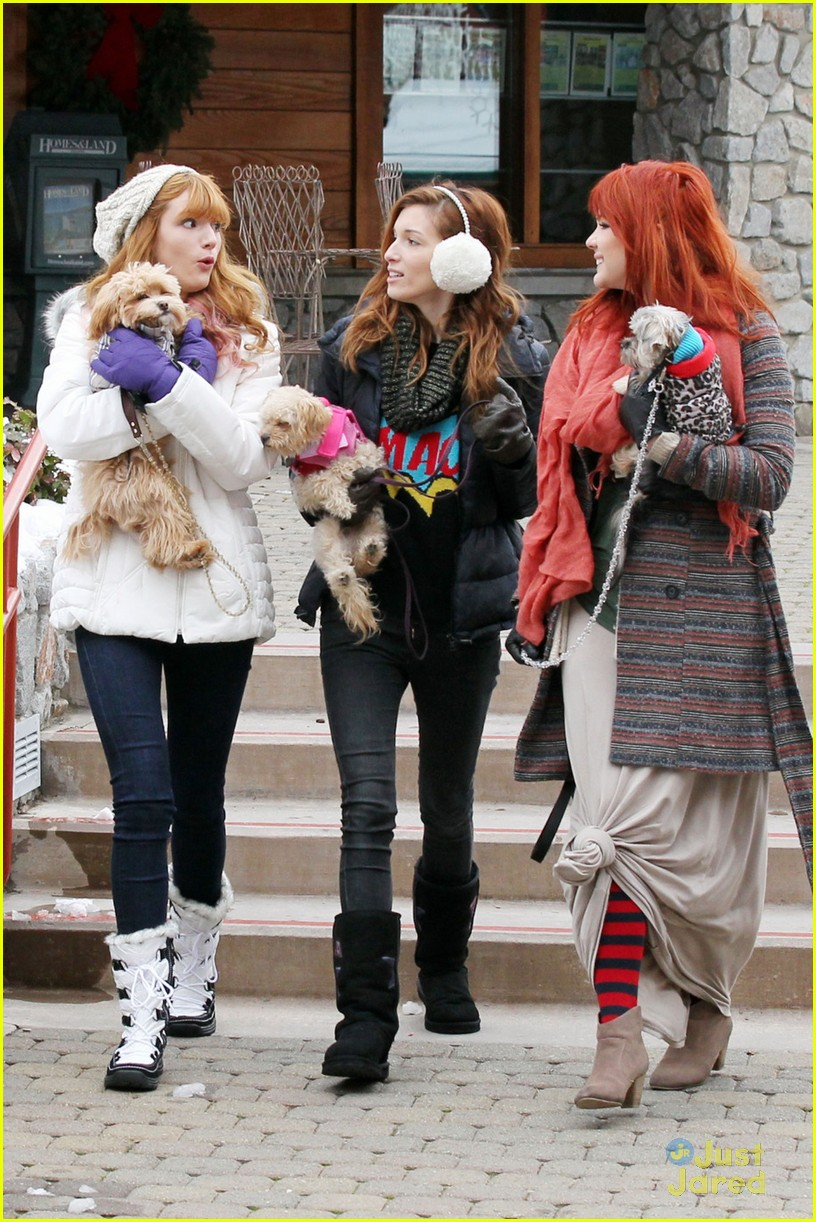 bella thorne tahoe snowball 01