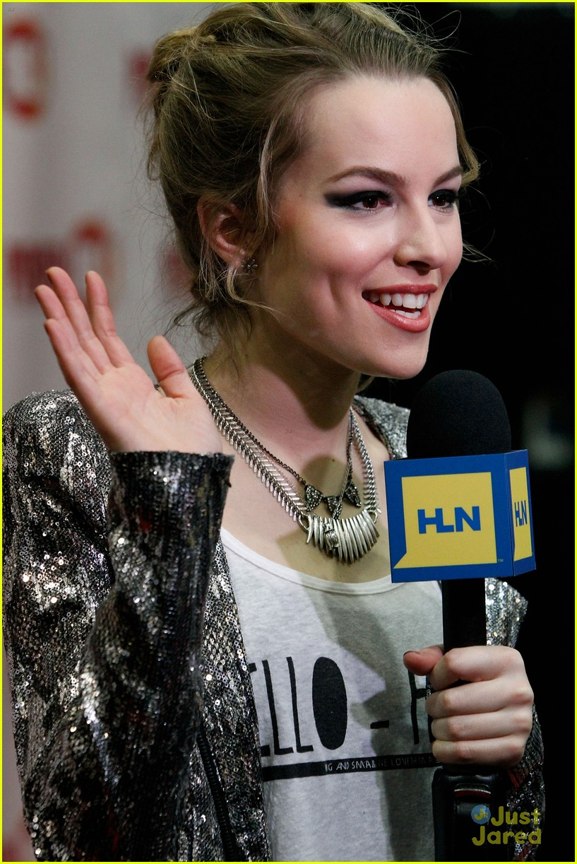 bridgit mendler power 961 jingle ball 14