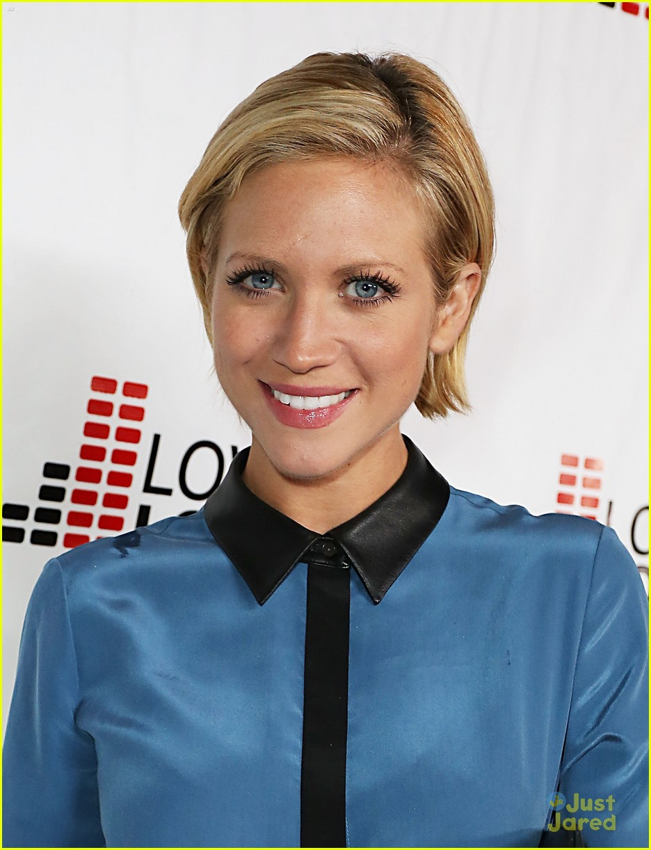 brittany snow chaz dean party 05
