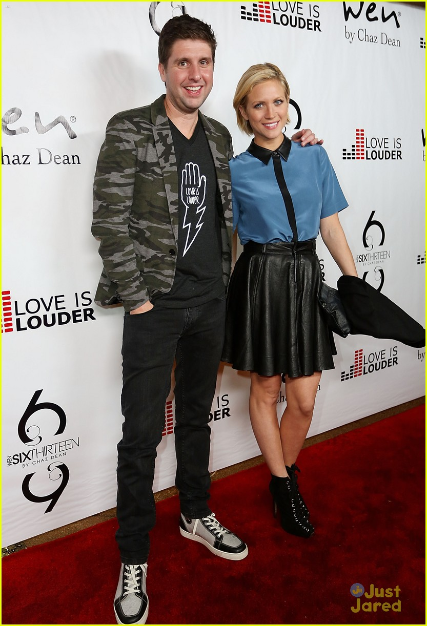 brittany snow chaz dean party 07
