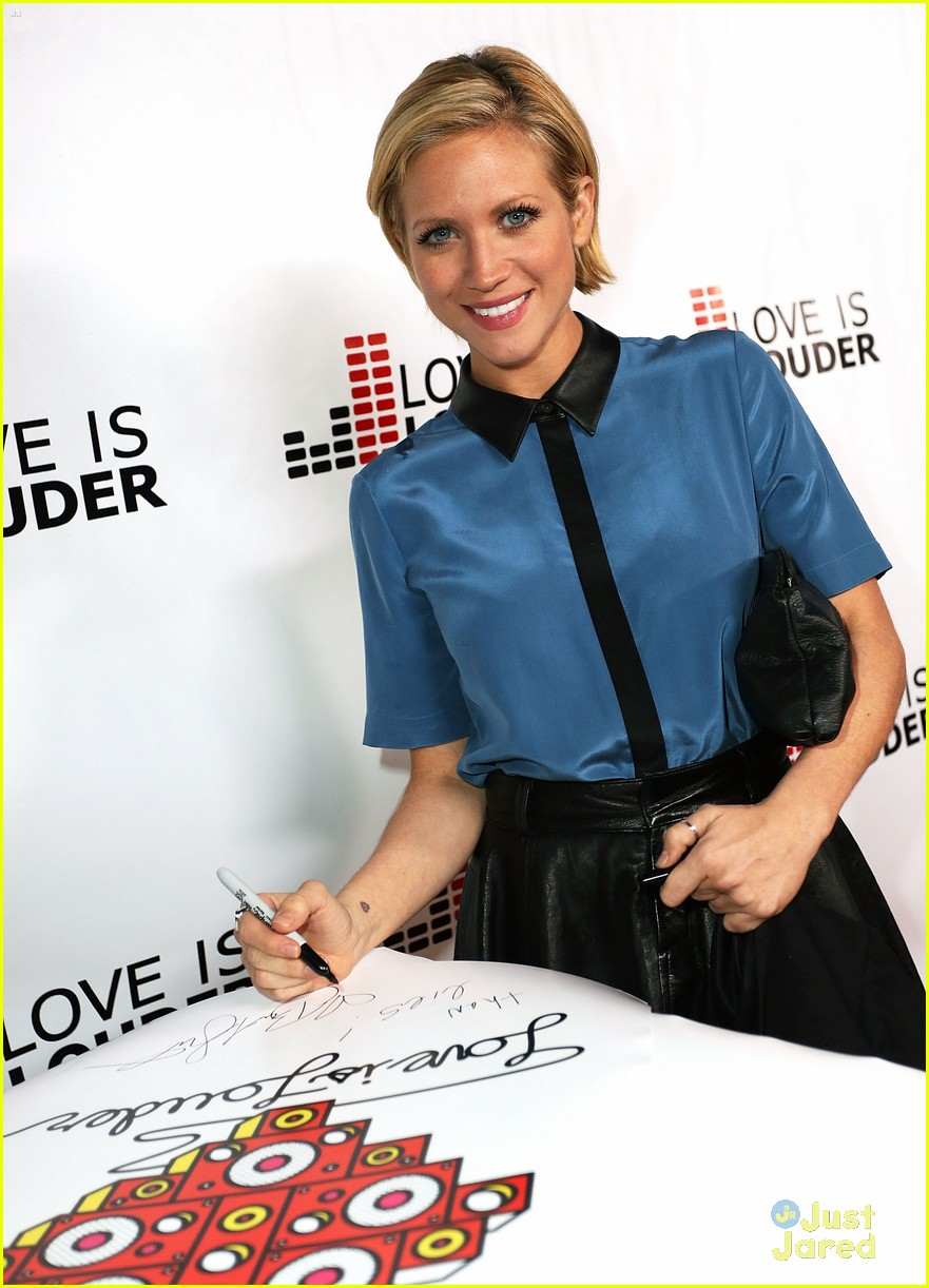 brittany snow chaz dean party 09