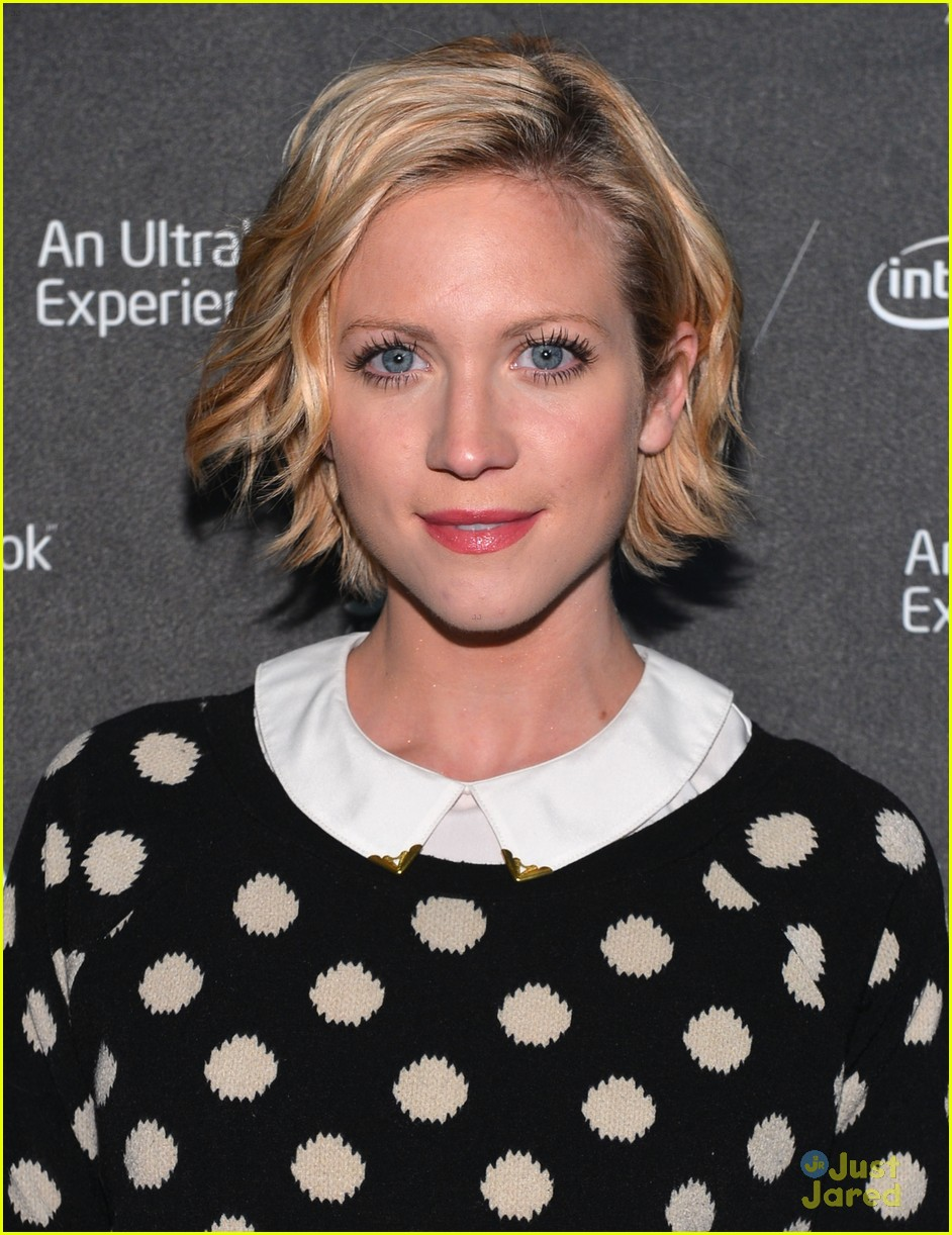 brittany snow four stories 08