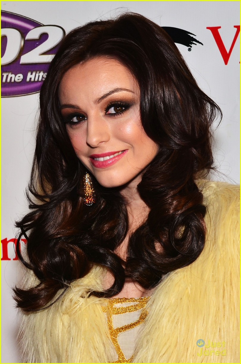 cher lloyd q102 jingle ball 10