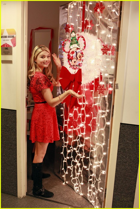 Disney Channel Stars Show Off Door Decorations Photo