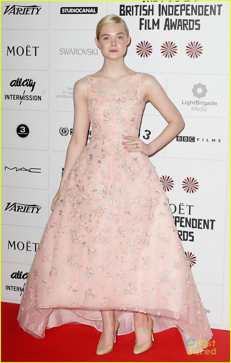 elle fanning british independent awards 04