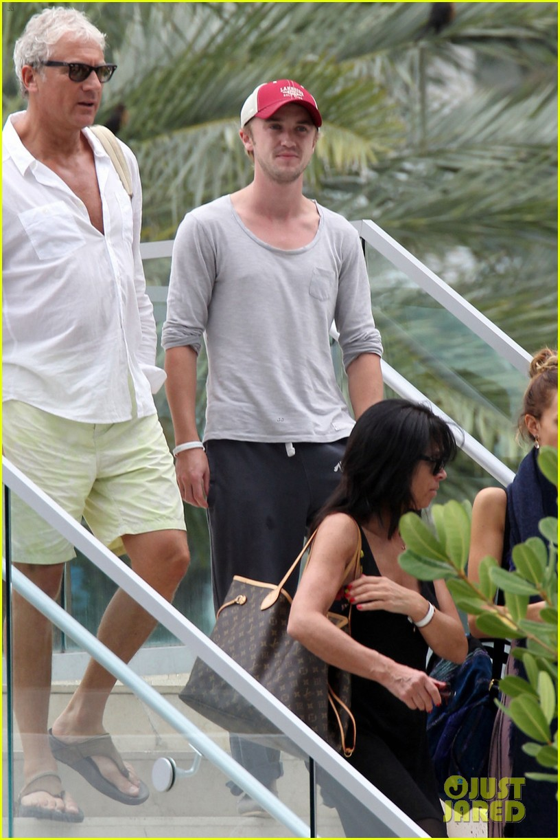 tom felton jade olivia lunch in miami 01