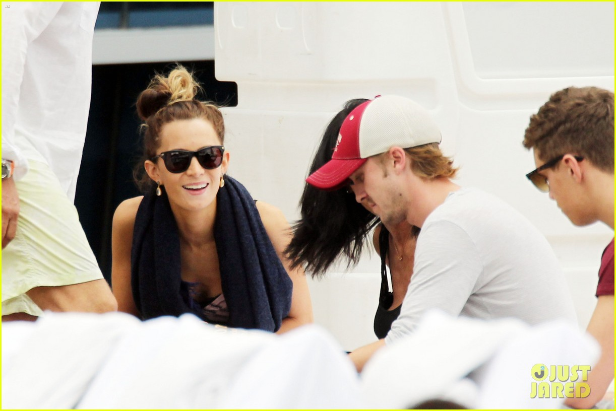 tom felton jade olivia lunch in miami 15