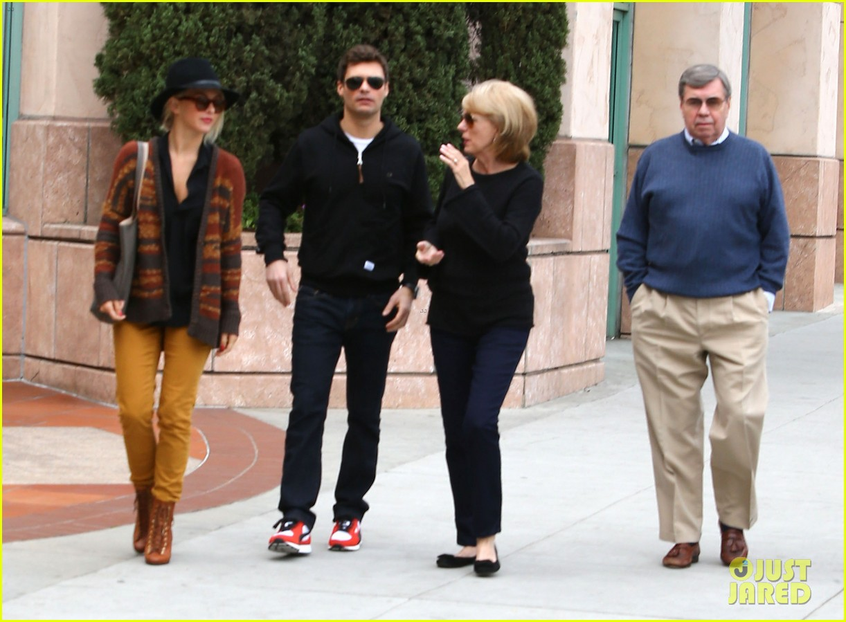 julianne hough ryan seacrest parents 06