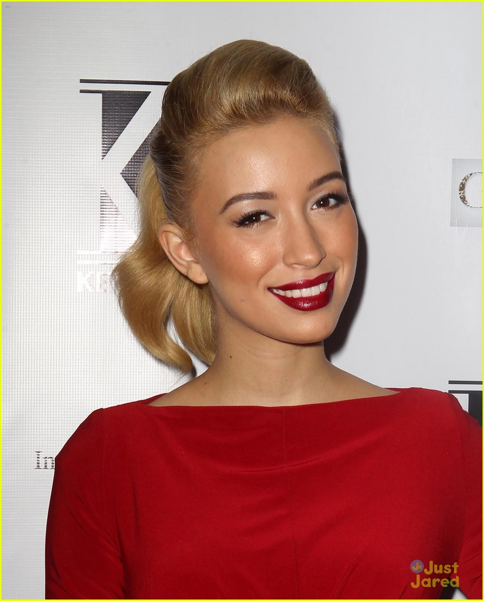 jackie emerson christian serratos kevan hall 15