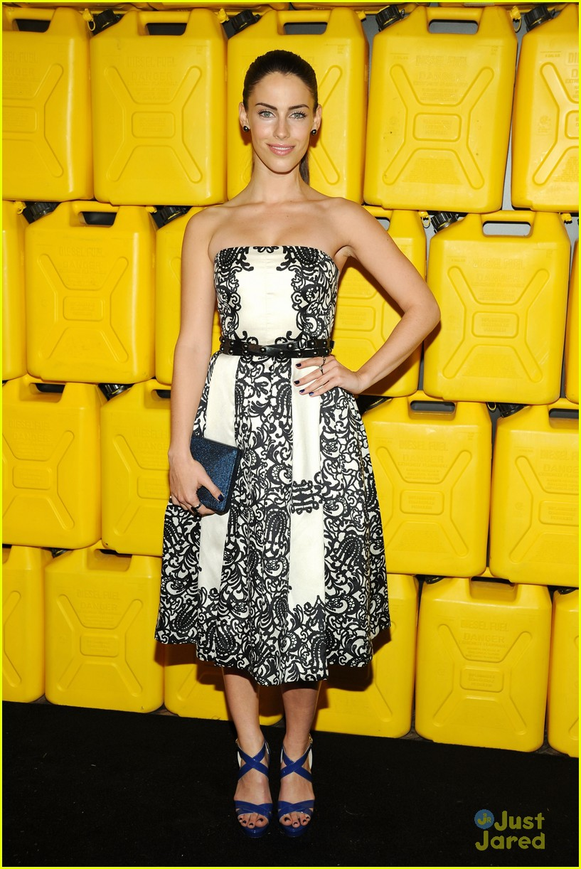 jessica lowndes jessica stroup charity water gala 04