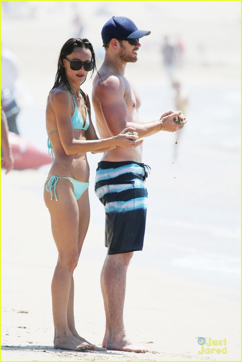 kellan lutz shirtless beach day with sharni vinson 22